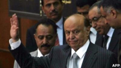صورة اقالة قادة عسكريين كبارفي اليمن
