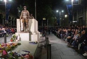 صورة استراليا تحيي الذكرى 97 ليوم الانزك الحزين