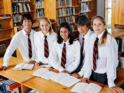 صورة استراليا :منح الاطفال في المدارس الابتدائية 420 دولار وطلاب المدارس الثانوية 820 دولار