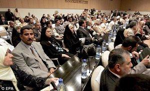 صورة صحيفة بريطانية:أمتيازات كبيرة يحصل عليها الساسة العراقيين خلال دقيقة واحدة