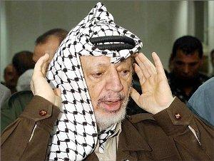 صورة جورج كلوني يجسد شخصية ياسر عرفات سينمائيا