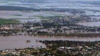 صورة استراليا تواصل الجهود لمواجهة الفيضانات التي غمرت ولايتين