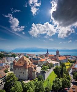 صورة ارتفاع عدد السياح الخليجيين  الى سويسرا