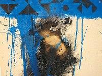 صورة الرسامة العراقيَة هناء مال الله  تعرض ( فن الخراب ) في معرضها في لندن