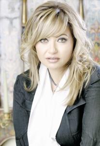 صورة ليلى علوي ضمن أعضاء لجنة تحكيم أبوظبي الدولي لأفلام البيئة