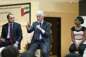 """صورة الرئيس الأمريكي الأسبق: """"دبي مصدر إلهام للعديد من الدول في الشرق الأوسط"""""""