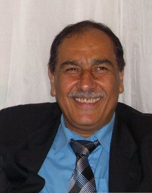 صورة فيصل عبد الحسن.. محنة روائي وناقد ومهندس ضيّعه قومهُ بالغربة!