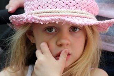 صورة فوتغراف – طفولة – للفنان يوسف  الموسوي -استراليا