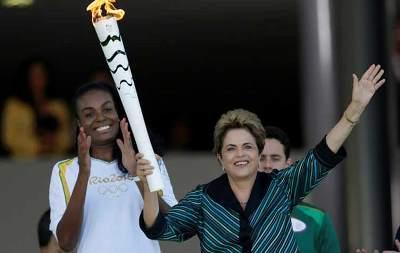 صورة أيقاد شعلة أولمبياد ريو جانيرو 2016
