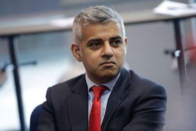 صورة أستثناء عمدة لندن من حظر السفر لأميركا