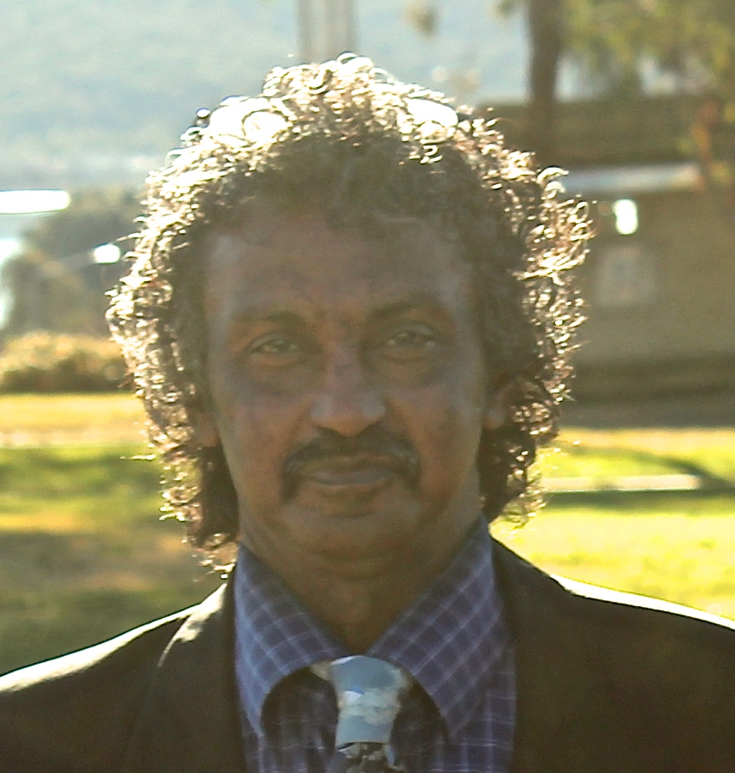 صورة الصديق والصحفي السوداني خالد العبيد الى ذمة الله