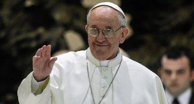 صورة البابا فرنسيس يزور مصر