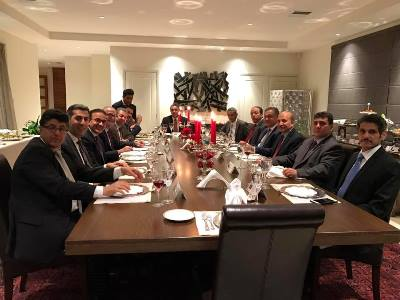صورة السفير السعودي يقيم حفل عشاء بمناسبة انتهاء عمله