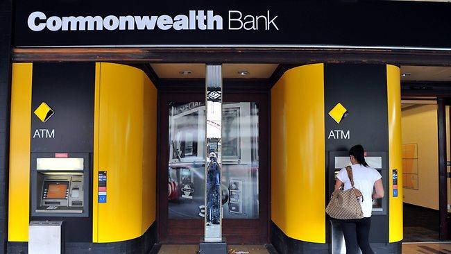 صورة استقالة رئيس بنك كومنولث في أستراليا على خلفية تمويل الإرهاب