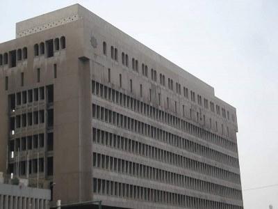 صورة متى نعيد بناء ما دمر من المباني الحكومية وواجهاتها ؟