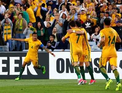 صورة أستراليا تفوز بصعوبة على سوريا وتتقدم خطوة للتأهل الى المونديال