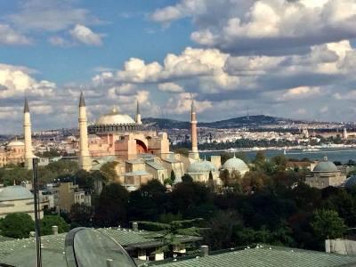 صورة اسطنبول مدينة تتنفس على وقع الأفواج السياحية العربية