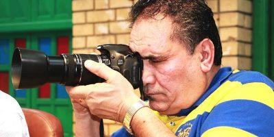صورة السنونو المهاجر يوسف الموسوي مصور فوتوغرافي..و فنان تشكيلي و كاريكاتيري عراقي