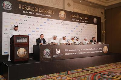 صورة بطولة أبوظبي العالمية لمحترفي الجوجيتسو تحتفي بنخبة أبطال الرياضة