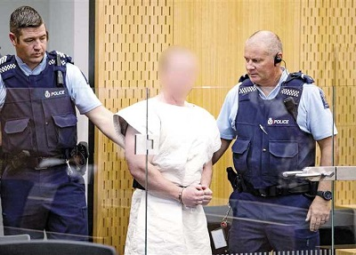 صورة قاتل المصلين في مسجدي بنيوزلندا يسحب طعناً قانونياً ضد ظروف سجنه