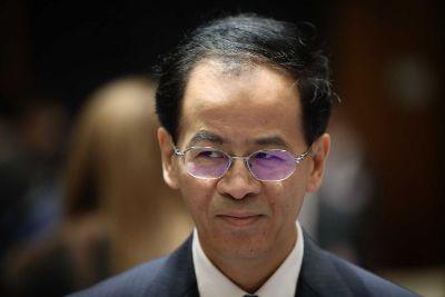 صورة سفير الصين في استراليا يحذر الولايات المتحدة من الحرب التجارية ضد بلاده
