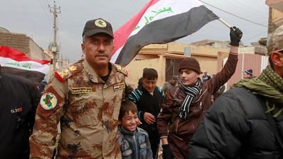 صورة قرار بنقل الفريق الركن عبد الوهاب الساعدي إلى وزارة الدفاع