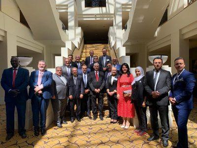 صورة العراق يحضر الأجتماع السنوي لغرفة التجارة والصناعة الاسترالية – العربية