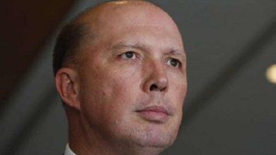 صورة أصابة وزير الداخلية الاسترالي بفيروس كورونا