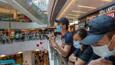 صورة بعد منح بريطانيا الجنسية  لثلاثة ملايين مقيم من سكان هونغ كونغ !