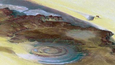 صورة عمال مناجم يكتشفون حفرة نيزكية صدمية خفية عمرها 100 مليون عام