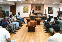 Photo of وزير الثقافة العراقي يستقبل مجموعة من معتصمي خريجي الإعلام