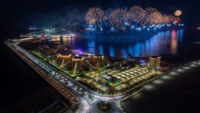 صورة رأس الخيمة تبعث رسالة الأمل والإنجاز بإطلاق أحد أكبر عروض الألعاب النارية في العالم احتفالاً بالعام الجديد