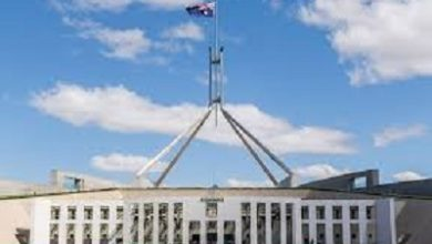 صورة إغلاق مبنى البرلمان  الاسترالي في كانبرا لمدة شهر للحد من جائحة كورونا